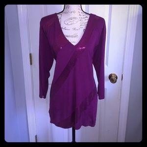 Women's sequence v-neck long sleeve shirt 🆕WOT